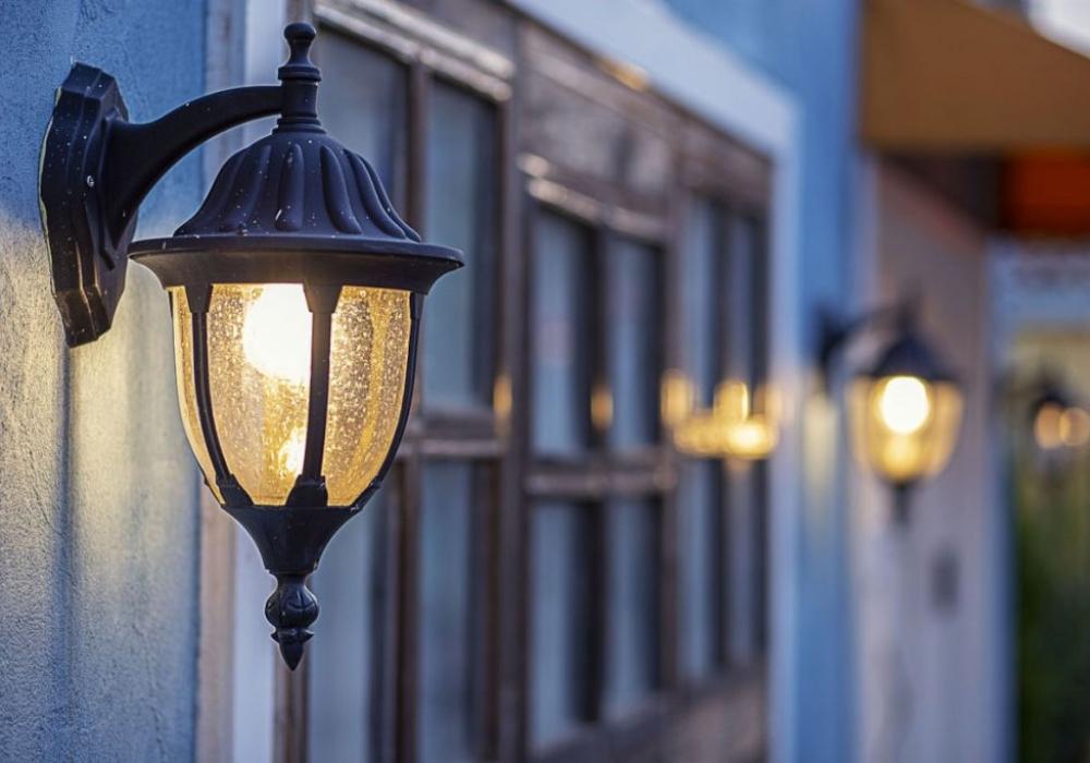 Vettoretto Impianti Elettrici - Illuminazione Interna ed Esterna